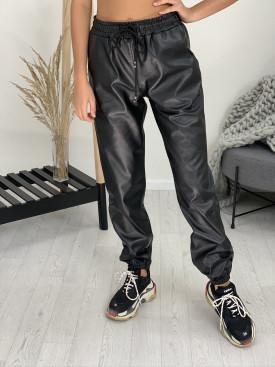 Nohavice koženkové 617