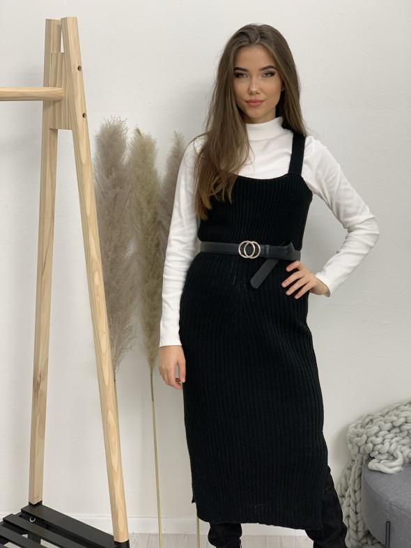Šaty pletené rázporky