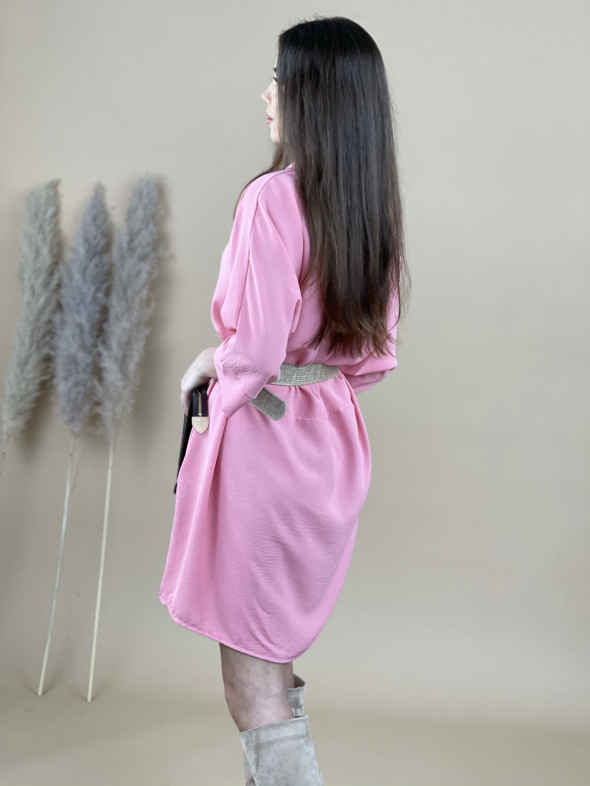Šaty nad kolená s opaskom 16059