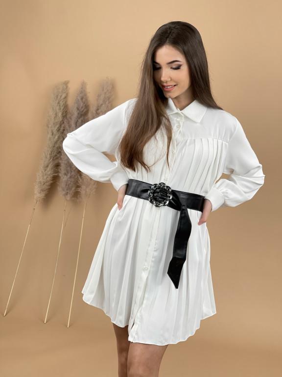Šaty plisované nad kolená s opaskom