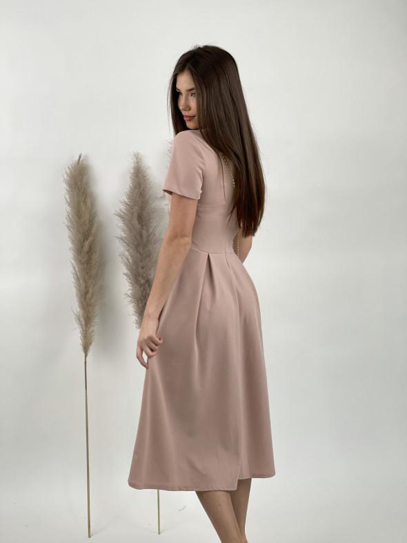 Šaty pod kolená jednofarebné 9151